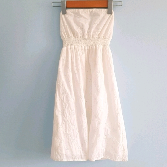 Garage strapless white eyelet dress (lined)